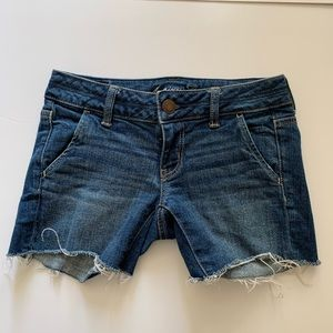 AEO American Eagle Outfitters jean denim shorts 00